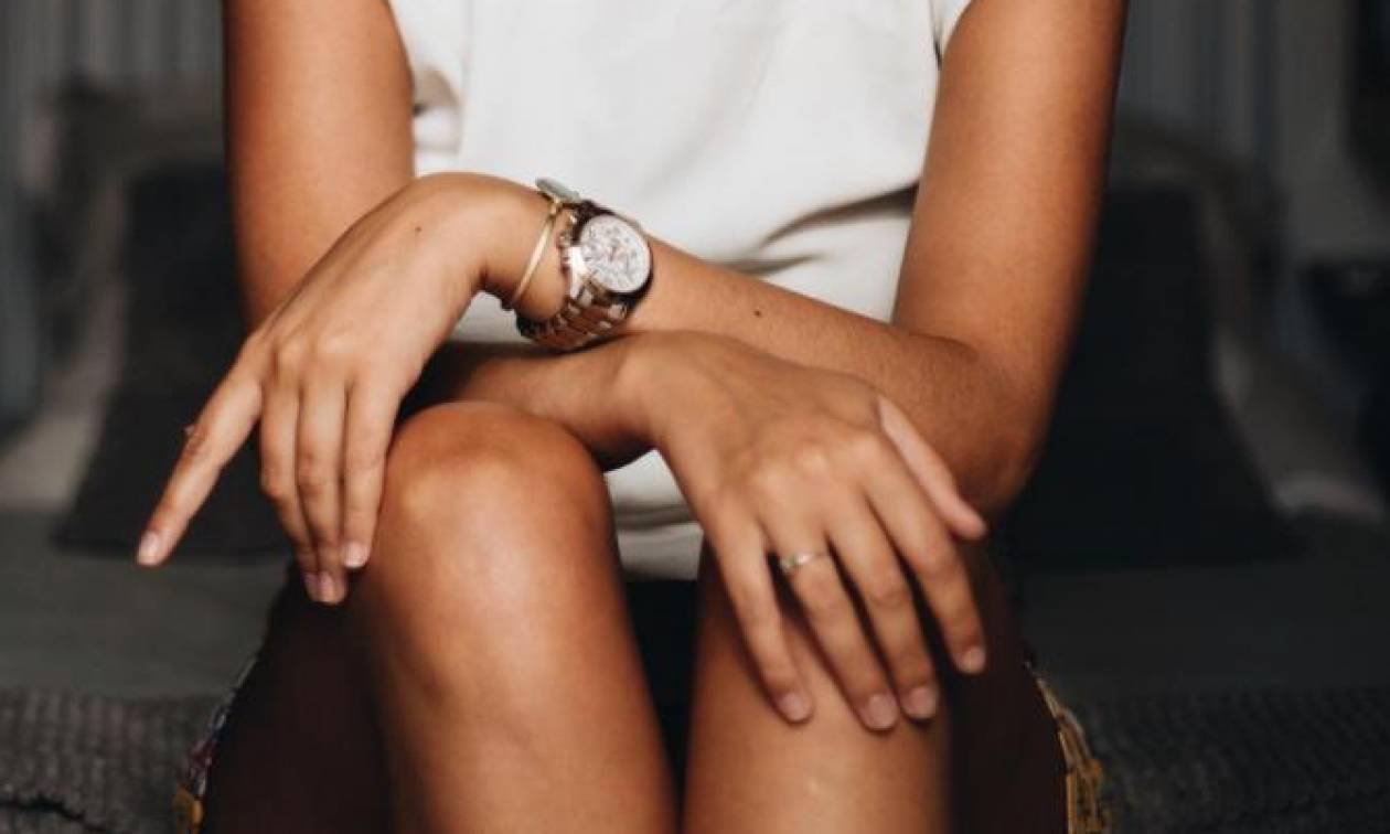 Το απόλυτο ψυχολογικό τρικ: Να τι πρέπει να κάνεις για να εκμαιεύσεις μια πληροφορία