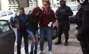 Κρήτη: Ισόβια στην 27χρονη τοξικομανή που δολοφόνησε με μαχαίρι τον 35χρονο γείτονά της
