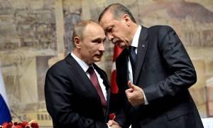 Έκκληση Ερντογάν προς Πούτιν: «Προστάτευσε τους αντάρτες στην Ιντλίμπ»