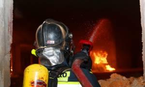 Φωτιά σε διαμέρισμα στα Μελίσσια: Στο νοσοκομείο τρία άτομα