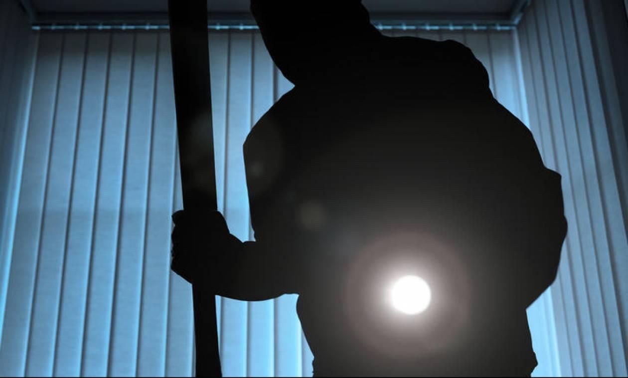 Μπαράζ κλοπών σε επιχειρήσεις στη Λαμία