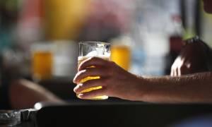 Η υπερβολική κατανάλωση αλκοόλ στο στόχαστρο του υπουργείου Υγείας