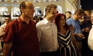 ΔΕΘ 2018: Η βόλτα του Μητσοτάκη στη Θεσσαλονίκη – Τι είπε με στελέχη της ΝΔ και πολίτες