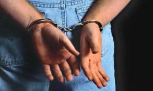 Πειραιάς: Ζευγάρι εξαπατούσε ηλικιωμένους αποσπώντας τους χρήματα