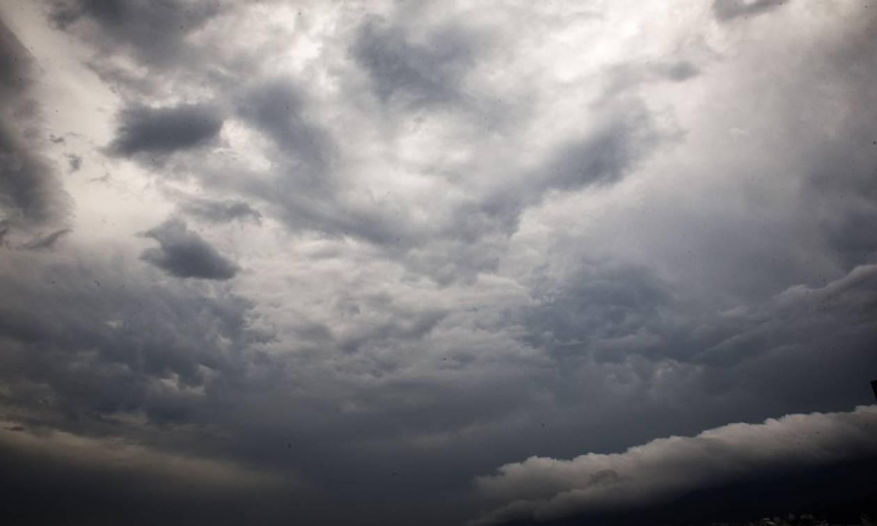 Καιρός: Φθινοπωρινό σκηνικό την Κυριακή (16/09) - Έρχονται βροχές και καταιγίδες