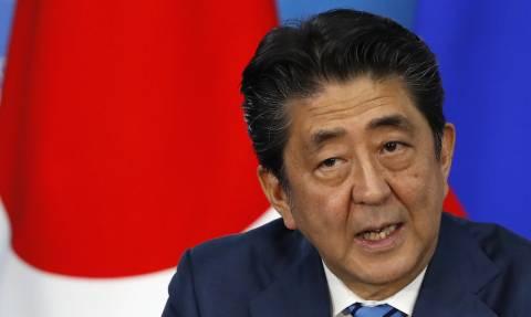 Абэ заявил, что напомнил Путину позицию Токио по территориальному вопросу