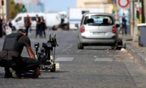 Συναγερμός στο Παρίσι: Ύποπτο όχημα στη λεωφόρο των Ηλυσίων Πεδίων
