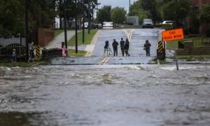 Τυφώνας Φλόρενς: Σαρωτικές πλημμύρες απειλούν Βόρεια και Νότια Καρολίνα - Τουλάχιστον 32 νεκροί