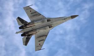 Viral: Τα απίστευτα ακροβατικά ενός ρωσικού μαχητικού SU-35 (vid)