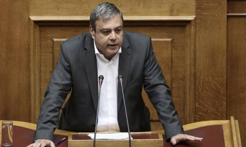 Βερναρδάκης: Από την επόμενη εβδομάδα η νομοθέτηση των εξαγγελιών Τσίπρα στη ΔΕΘ