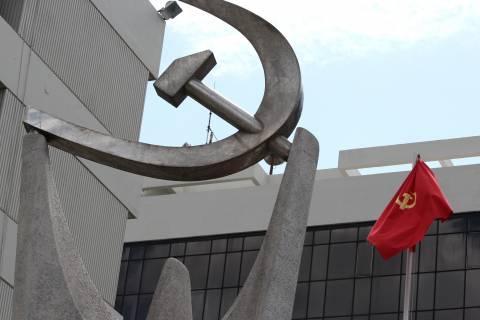 ΚΚΕ για κατώτατο μισθό: Η κυβέρνηση κοροϊδεύει τον ελληνικό λαό (pics)