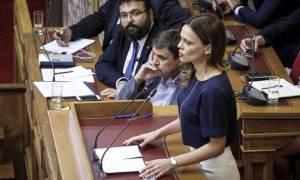 Νέα δημοσκόπηση Τι δείχνει για τη διαφορά ΣΥΡΙΖΑ - ΝΔ
