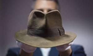 Δείτε την απίστευτη τιμή την οποία «έπιασε» σε δημοπρασία το πολυπόθητο καπέλο του Ιντιάνα Τζόουνς