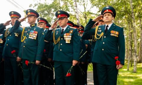 В Приморье открыли памятник погибшему в Сирии герою России Асапову