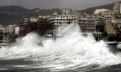 В Греции из-за непогоды закрыты школы на островах