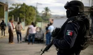 Σάλος στο Μεξικό: «Ξήλωσαν» όλους τους αστυνομικούς στο Ακαπούλκο - Τι συνέβη (vid)