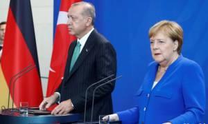 Το νέο «χαστούκι» της Μέρκελ στον Ερντογάν για τους Γκιουλενιστές και η λίστα με τους 69 (vids)