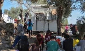 Μόρια: Ακόμη 400 πρόσφυγες αναχώρησαν για το λιμάνι του Πειραιά
