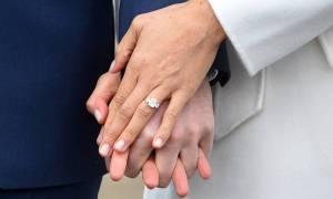 Το Παλάτι «τρελάθηκε» και πουλά το δαχτυλίδι αρραβώνων της Μέγκαν Μαρκλ!