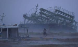 Ο υπερ - τυφώνας «Τράμι» χτύπησε την Οκινάουα της Ιαπωνίας - Τουλάχιστον 17 τραυματίες (video)