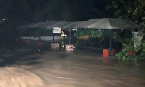 Κακοκαιρία – Κυκλώνας «Ζορμπάς»: Πώς θα προστατευτείτε από τα επικίνδυνα φαινόμενα