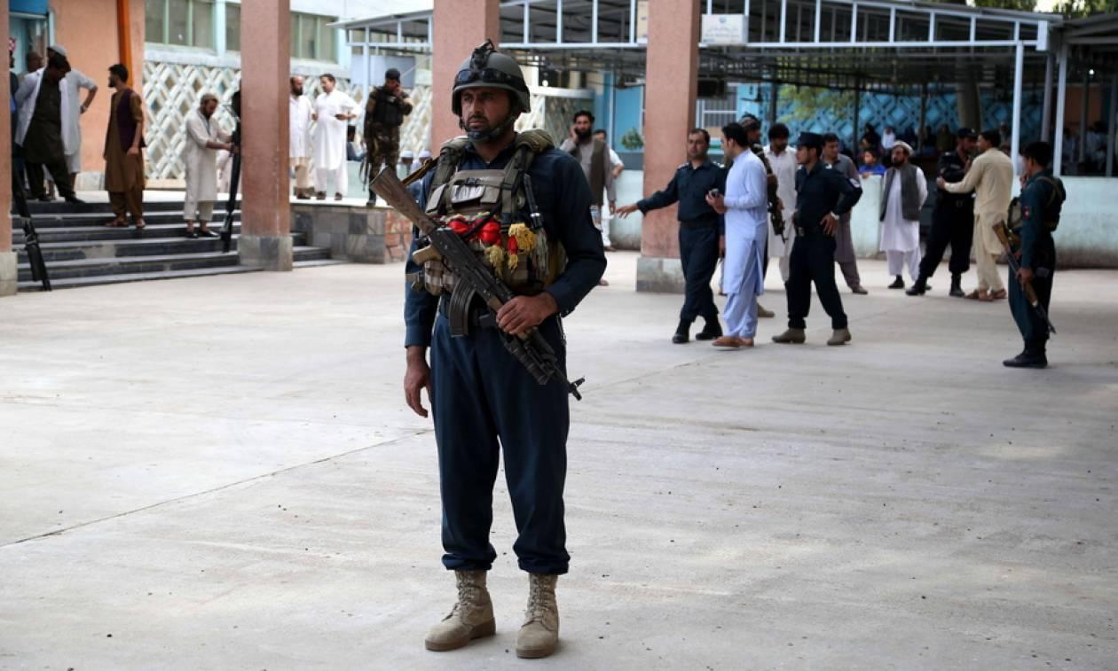 Αφγανιστάν: Τουλάχιστον 13 νεκροί από επίθεση καμικάζι σε προεκλογική συγκέντρωση
