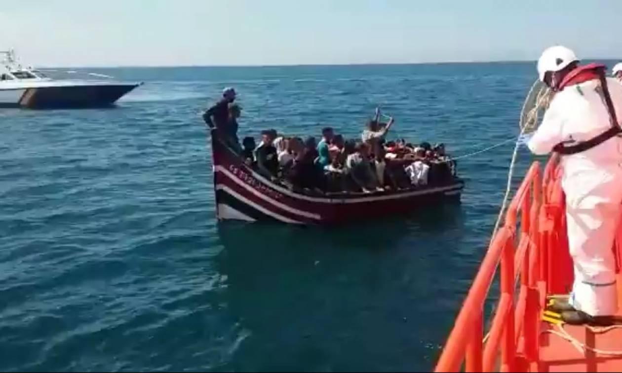 Μαρόκο: 11 νεκροί από τη βύθιση πλοιαρίου που μετέφερε μετανάστες