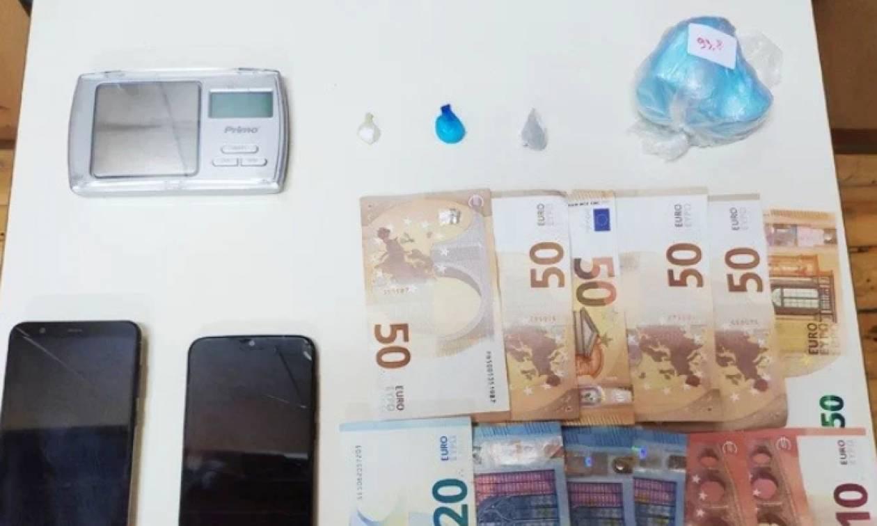 Ρέθυμνο: Χειροπέδες σε δύο 22χρονους που είχαν 100 γραμμάρια κοκαΐνης (pic)