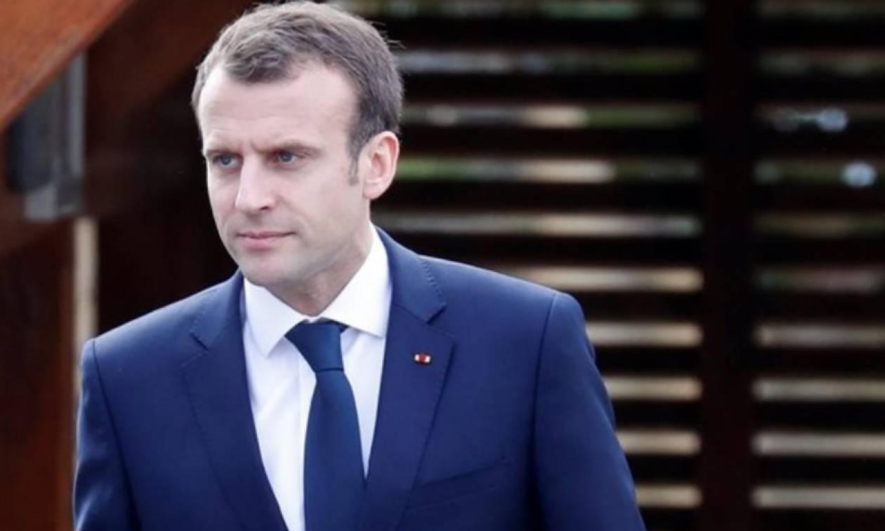 Γαλλία: «Σκούρα» τα πράγματα για Μακρόν, αλλά η παραίτηση τριών υπουργών του δεν συνιστά κρίση