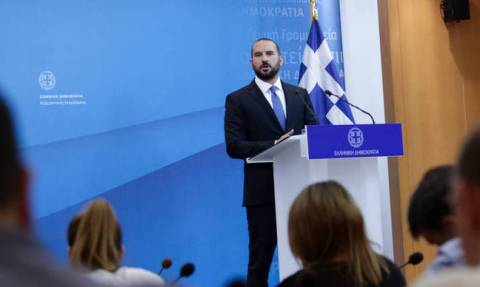 The stock market's course does not correspond to economy's fundamentals, Tzanakopoulos says