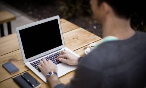 ΟΑΕΔ - Είστε άνεργος; Αυτά είναι τα νέα προγράμματα που θα σας προσφέρουν μία θέση εργασίας