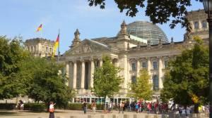 Βερολίνο: Εικασίες τα δημοσιεύματα για τη θέση μας στο ζήτημα των συντάξεων στην Ελλάδα