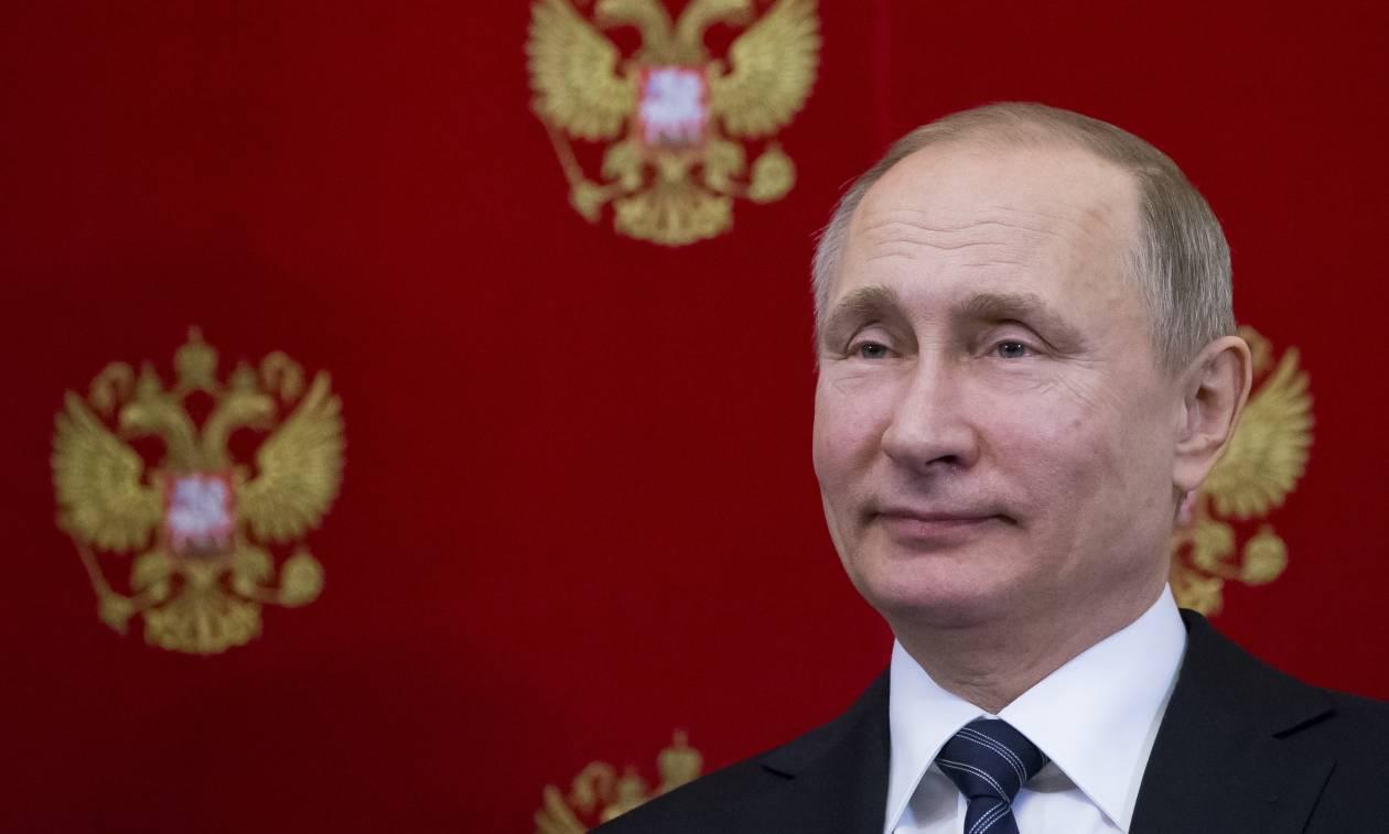 Σαν σήμερα το 1952 γεννιέται ο Ρώσος πρόεδρος Βλαντιμίρ Πούτιν (Pics+Vids)