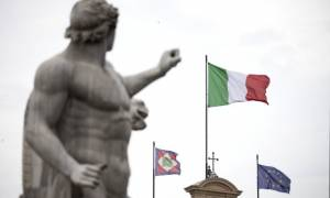Οικονομικός σεισμός στην Ιταλία: Τρίζουν τα θεμέλια της Ευρωζώνης