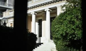 Μαξίμου εναντίον Μητσοτάκη: Limit up ανευθυνότητας από τον αρχηγό της ΝΔ