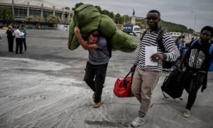 Μυτιλήνη: Αναχώρησαν για Πειραιά άλλοι 104 αιτούντες άσυλο