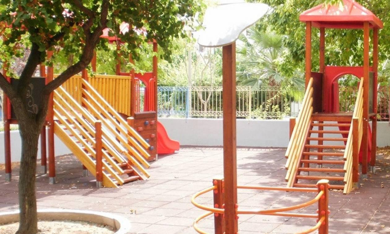 ΦιλόΔημος ΙΙ: Νέες χρηματοδοτήσεις σε δήμους για παιδικές χαρές και συντήρηση σχολείων