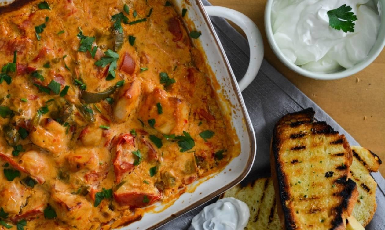Η συνταγή της ημέρας: Κοτόπουλο με γιαούρτι στο φούρνο