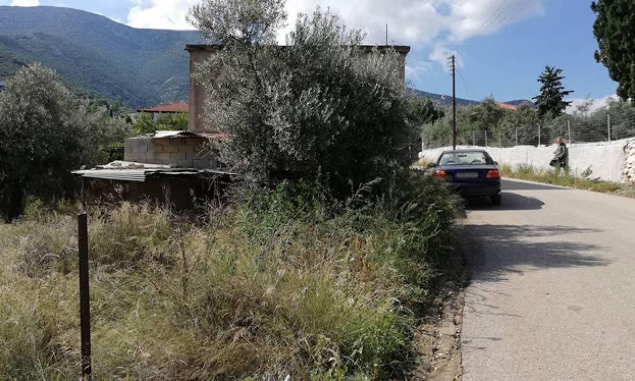 Άγρια δολοφονία στο Άργος: Βρέθηκε μαχαιρωμένος μέσα στο σπίτι του (pics)