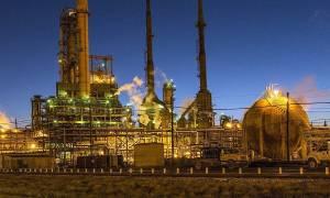 «Κόλαση» φωτιάς: Ισχυρή έκρηξη σε διυλιστήριο πετρελαίου στη Βοσνία - Δείτε βίντεο