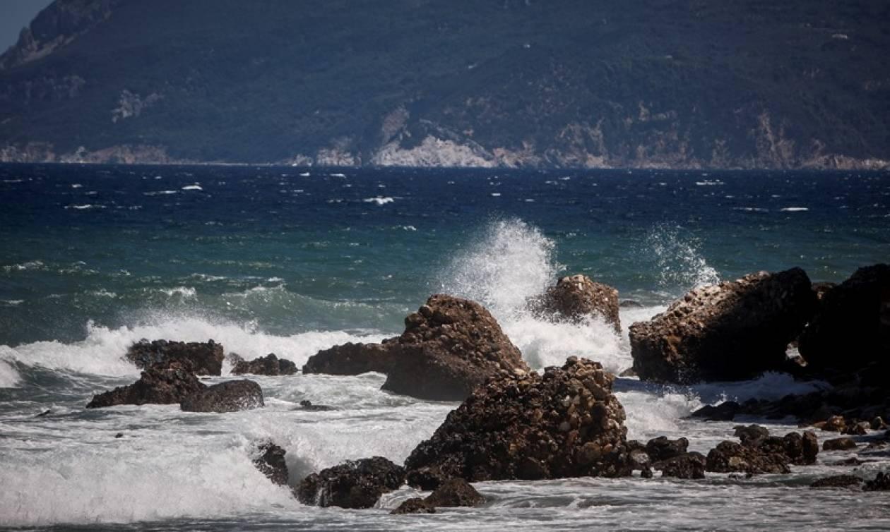 Καιρός: Ηλιοφάνεια αλλά και ισχυροί άνεμοι - Δείτε πού θα βρέξει (pics)