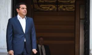 Τσίπρας: Υλοποιούμε τη δέσμευση για ενίσχυση της διαπραγματευτικής δύναμης των εργαζομένων