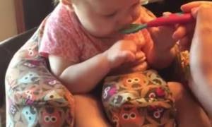 Μωράκι δοκιμάζει για πρώτη φορά φαγητό και η αντίδρασή του είναι φοβερή (vid)
