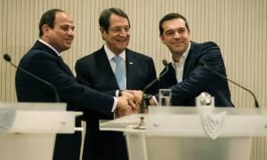 Στήριξη Ελλάδας - Αιγύπτου για λύση στο Κυπριακό χωρίς κηδεμόνες
