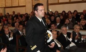 Κυριάκος Παπαδόπουλος: Μεσίστιες οι σημαίες στις μονάδες των ΕΔ στη Μυτιλήνη