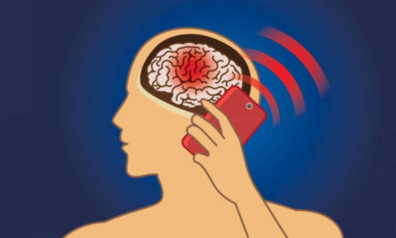 Γνωρίζετε τι είναι ο SAR; Πόση ενέργεια απορροφά το ανθρώπινο σώμα από τα κινητά;