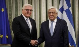 Παυλόπουλος σε Σταϊνμάιερ: Μόνο με επίλυση του ζητήματος της ονομασίας θα μπουν τα Σκόπια στο ΝΑΤΟ