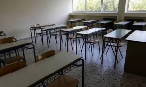 Απίστευτο! Μαθητής έριξε κουτουλιά σε καθηγήτρια στην Πάφο!