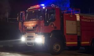 Κρήτη: Μεγάλη φωτιά στη Μεσαρά από ισχυρή έκρηξη σε ρακοκάζανο