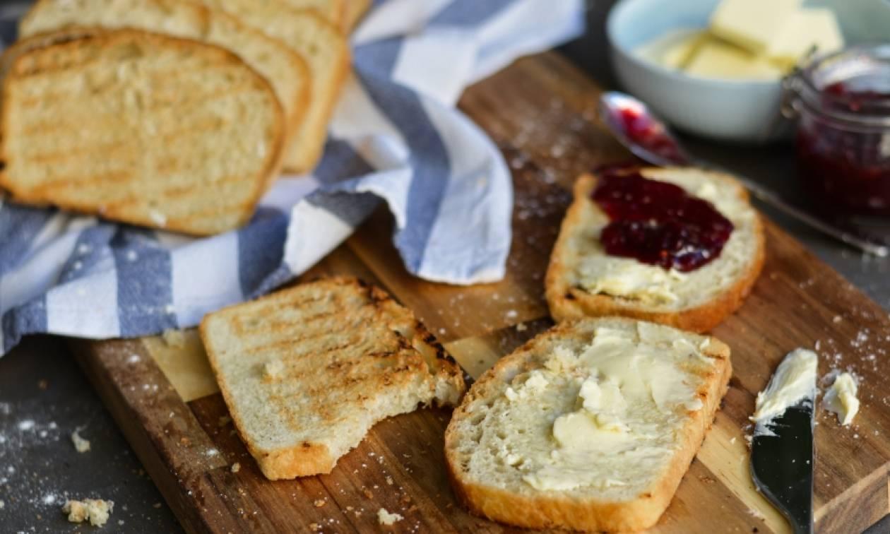 Η συνταγή της ημέρας: Σπιτικό ψωμί του τοστ